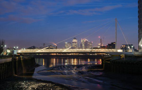 Greenwich-Swing-Bridge-03-Moxon-Architects